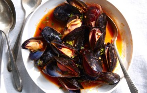 mussels-with-white-wine1-940x600